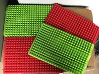 4 silicone rubber kitchen mats $10 Cleveland, 44135