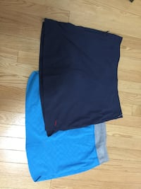 Tennis skirts, size L in new condition Vaughan, L4L 3V7