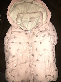 baby's white and pink swaddle Essex, 21221