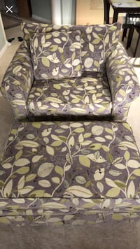 Grey and greens leafy patterned fabric sofa chair Mount Pleasant, 29464