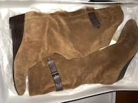Brown Suede boots Bristow, 20136