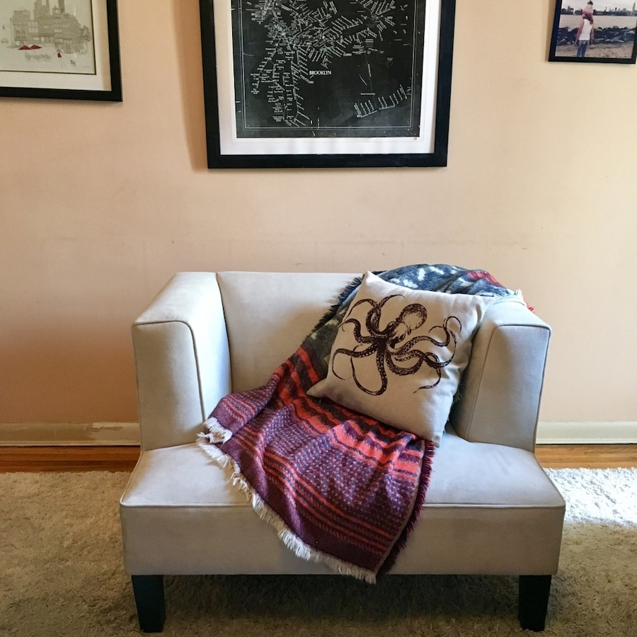 Marked Down Room And Board Sofa Chair In New York Letgo