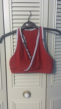 Size medium lulu lemon sports bra
