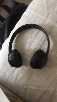 Beats by Dre solo 3 headphones  Vancouver, V5K 1K9