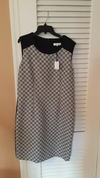 Calvin Klein black & white dress dress- new with tag. - size 12 Franklin Square, 11010