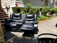 leather love seat. Concord, 03301