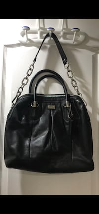 Brand new large leather authentic coach purse Mississauga, L5M 0H7