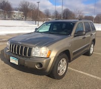 Jeep - Grand Cherokee - 2006 3.7L AWD/4WD 156k low miles, heat/ac, cd/auxiliary, keyless entry, tow package, new tires, 2019 tabs, clean title  Little Canada, 55117
