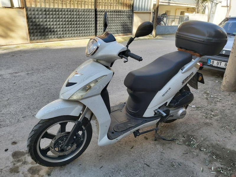 150'lik Scooter 10.600 km Lifan Travaller 2015 Model ee283c75-7d8a-4994-82fb-e18883934bc9