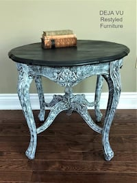 Lovely Antique Side Table / Bedside Table