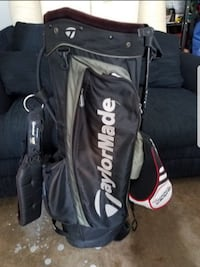 black and white golf bag Ashburn