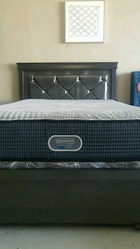 Beautyrest Simmons Silver Hybrid Queen Mattress  Las Vegas, 89109