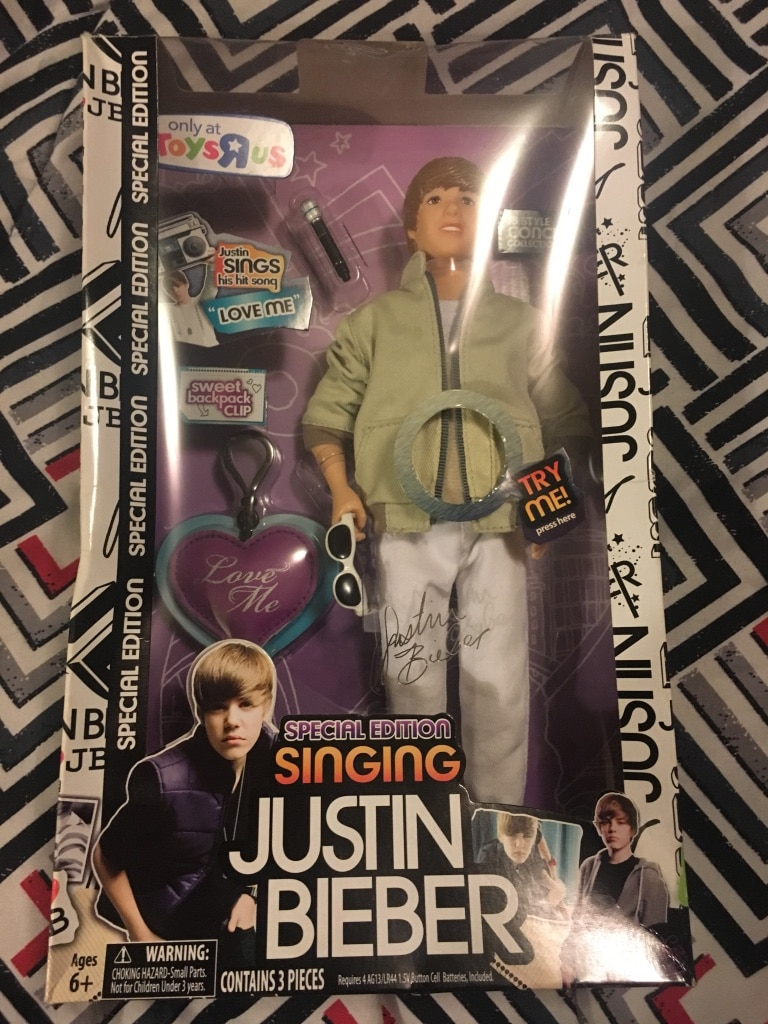 Justin Bieber figure package