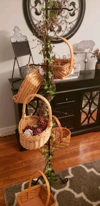 basket tree with baskets
