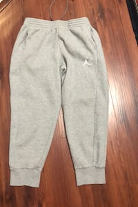 Jordan men's sz large new condition fleece pants Edmonton, T6L 6X6