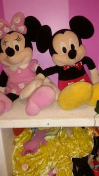 Minnie Mouse and Mickey Mouse plush toys 37076, 37076