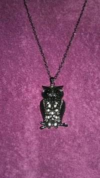 Black owl necklace  El Cajon
