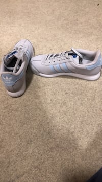 Women's Adidas Shoes 7 1/2 Charles Town, 25414
