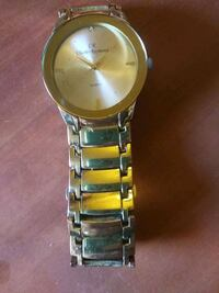 round gold-colored analog watch with link bracelet Las Vegas, 89123
