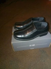 pair of black leather loafers Rialto