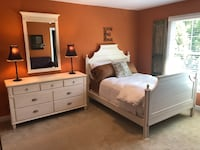 Ethan Allen full size bedroom set - like new condition - retails at $4200 Vienna, 22180