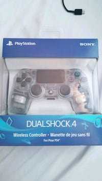PS4 CONTROLLER AND SPIDER MAN game Waterloo, N2L 3T4