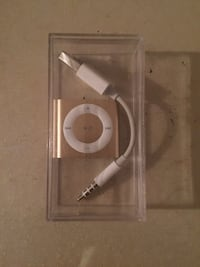 Apple iPod shuffle 4th Generation 2GB- Gold Vancouver, V5X 1S1