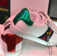 Rubber shoes for women Gucci Calgary, T3K 5P5