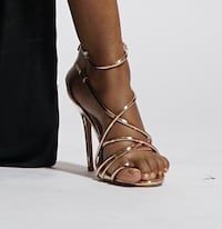 unpaired brown leather open-toe ankle strap sandal Lithonia, 30058
