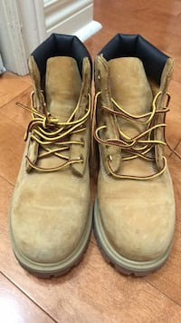 Pair of wheat nubuck timberland premium work boots Vaughan, L4H 2T4