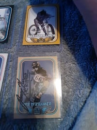 SE autographed trading cards