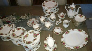 1962 Royal Albert Bone China England