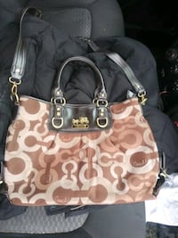 Brown and tan coach Purse large like new Evansville, 47713