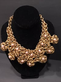 Ladies  Jewelry: Chunky Gold Heavy Necklace:  Reversible