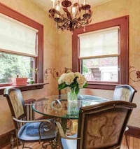 Dining table and chairs West Orange