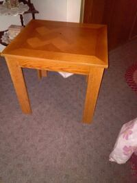 One Solid Wood End Table Sydney, B1S