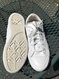 pair of white Converse low-top sneakers Lawrence, 66046