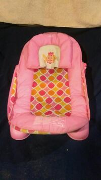 Baby bouncer/ reclining chair
