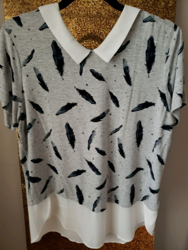 35 pieces of gorgeous womens clothing!  5540e976-b1d6-45ab-8ad6-aef3a3f74dfb
