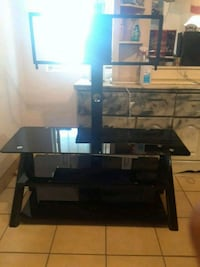 black glass TV stand with mount Bakersfield, 93305