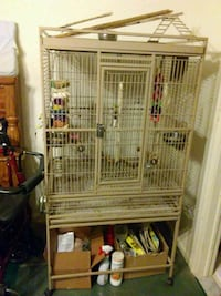 white metal pet cage.   Brownstown Charter Township, 48193