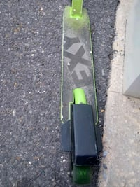 E x y trick scooter $50 or best offer Camden, 08104