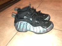 pair of black-and-gray Nike Foamposite Miami, 33131