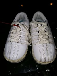 toddler's white low top sneakers Noblesville, 46062