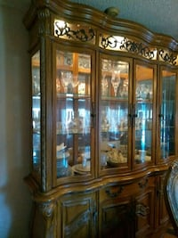 brown wooden framed glass china cabinet Decatur, 30035
