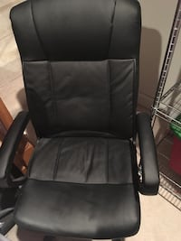 Black office chair  Springfield, 22153