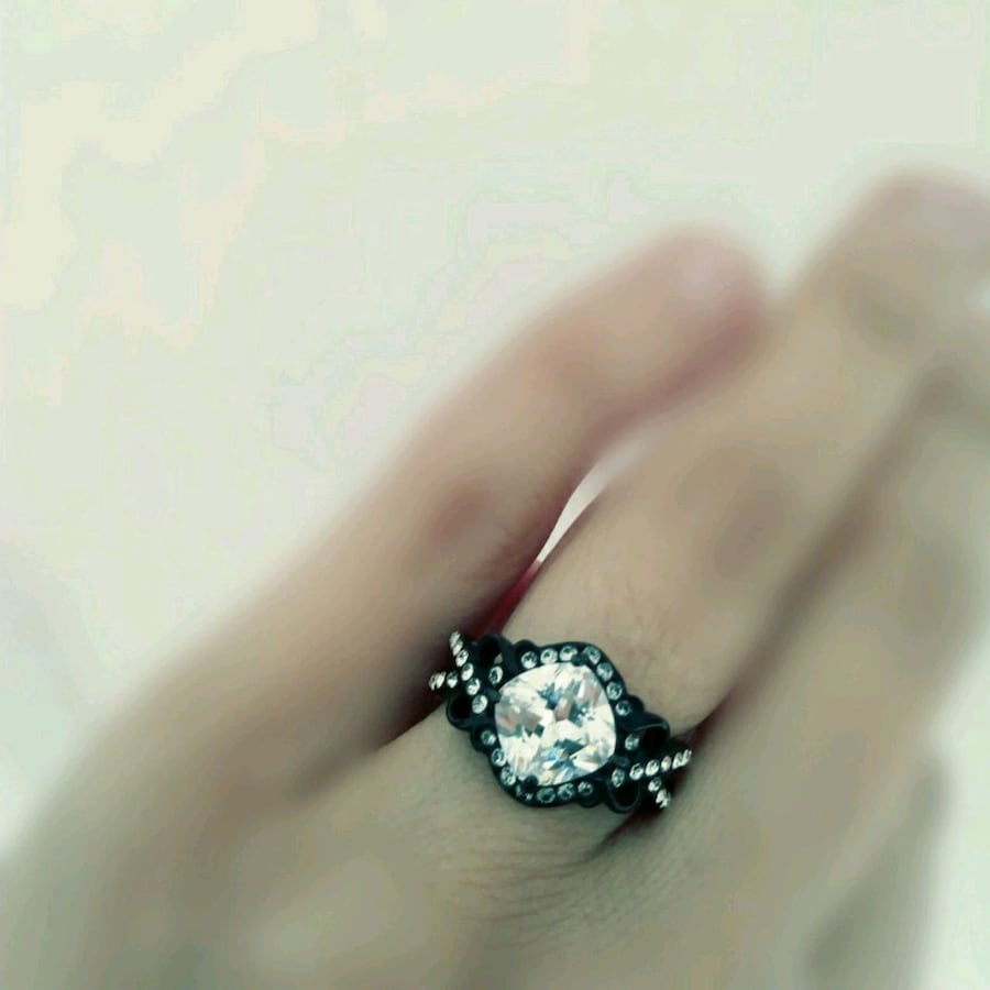 Size 7 CZ ring