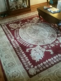 white and red floral area rug Montgomery Village, 20886