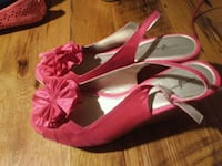 pair of pink suede peep-toe heeled sandals Sharpsburg, 21782