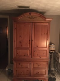 Armoire for arts and crafts or repurpose For your other hobbies. Port Richey, 34668